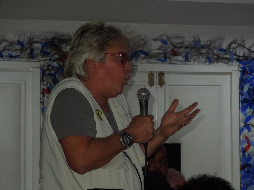 Roly Peña, director de la gustada serie LCB: la otra guerra