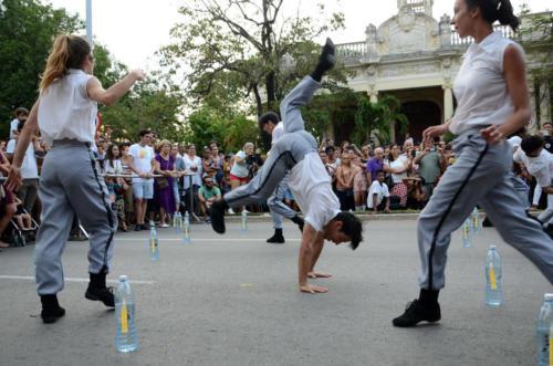 Performance de Acosta Danza